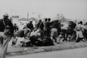 hampton-photographs-selma-attack2-20071115